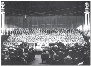 The II Song Festival of the U.S. and Canada was held at the Chicago Amphitheatre in 1961.