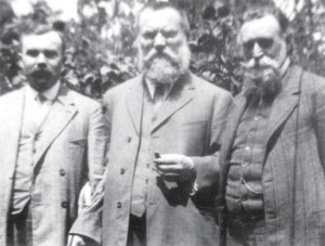 Martynas Yčas (a lawyer, politician, editor, and activist from Lithuania) and Dr. Jonas Basanavičius (signer of the Lithuanian Act of Independence) visit with Dr. Šliūpas at his home in America, 1913.
