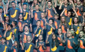 The children's chorus took an active part in the Festival. Dressed in tee-shirts with the mascots of the Festival–orange and yellow birds nicknamed Melody and Rhythm–the children let their voices be heard (Photo by J. Kuprys)