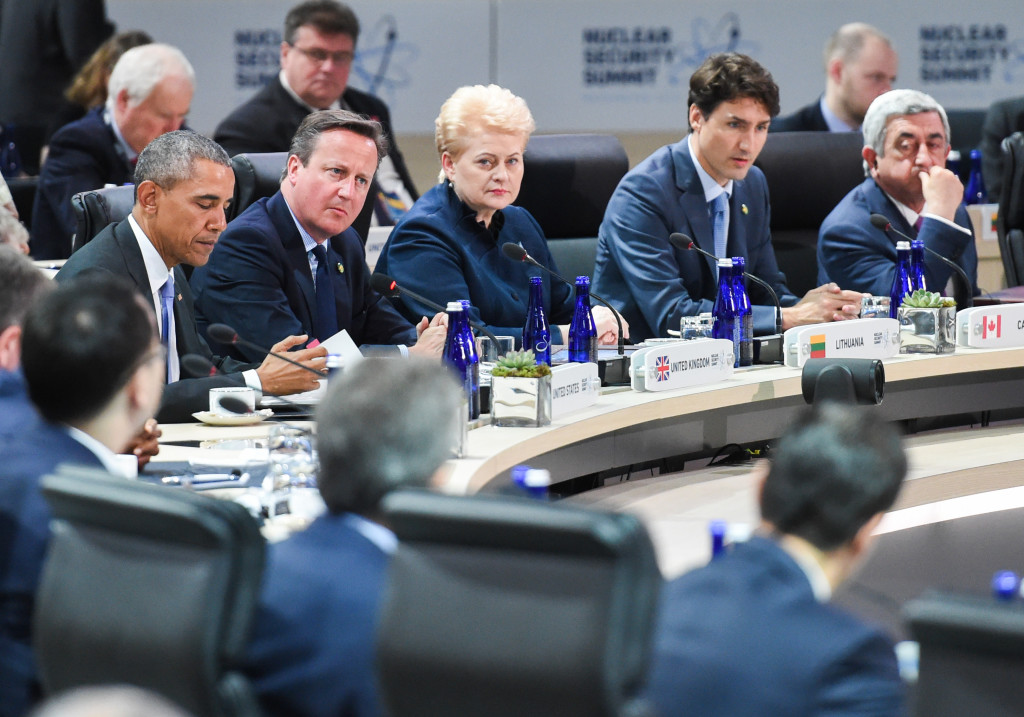 President Grybauskaitė flanked by President Obama, Great Britain's PM David Cameron and Canada's PM Justin Trudeau.