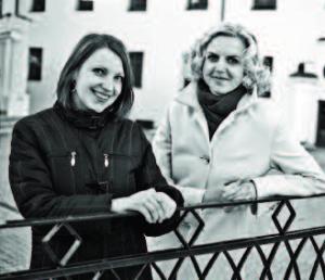 Journalists Vaida Lowell and Gerda Butkuvienė.