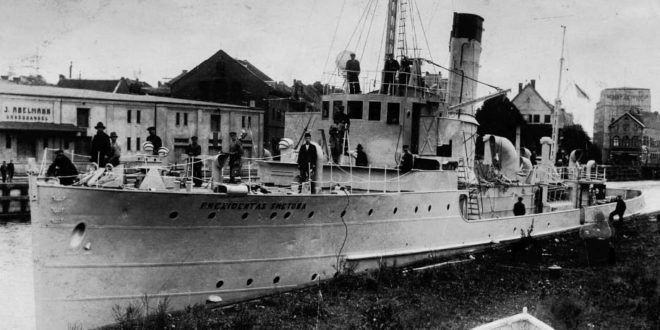 "The ship ""Prezidentas Smetona"" on the Akmena-Danė River (Dangės upė) in 1927."