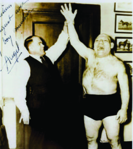 Požėla (as manager) with Maurice Tillet (the Angel).