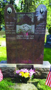 Headstone to the joint grave of Maurice Tillet and Karolis Požėla in Justice, IL.