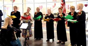 JAV ir Lietuvos himnus giedojo Cicero lietuvių parapijos choras, vadovaujamas V. Meilutytės.