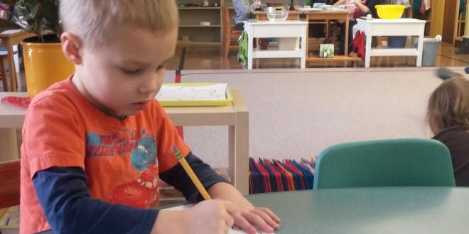 Montessori mokykloje.