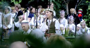 Agnė dažnai koncertuoja JAV lietuvių organizuojamuose renginiuose.