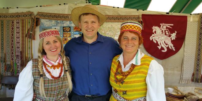 Žaneta Steponavičienė, Valdas Kiškis ir Vilma Kava.