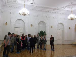 Rūmų viduje įspūdingas interjeras.