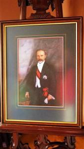 Prezidento A. Smetonos kambarį puošia jo portretas.
