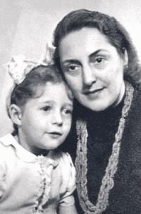 E. Žalinkevičaitė-Petrauskienė ir Danutė.