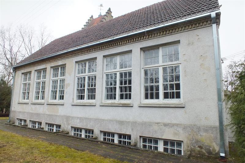Kurnėnų mokykla – klasių fasadas.