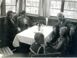 1935 m. Alytuje.