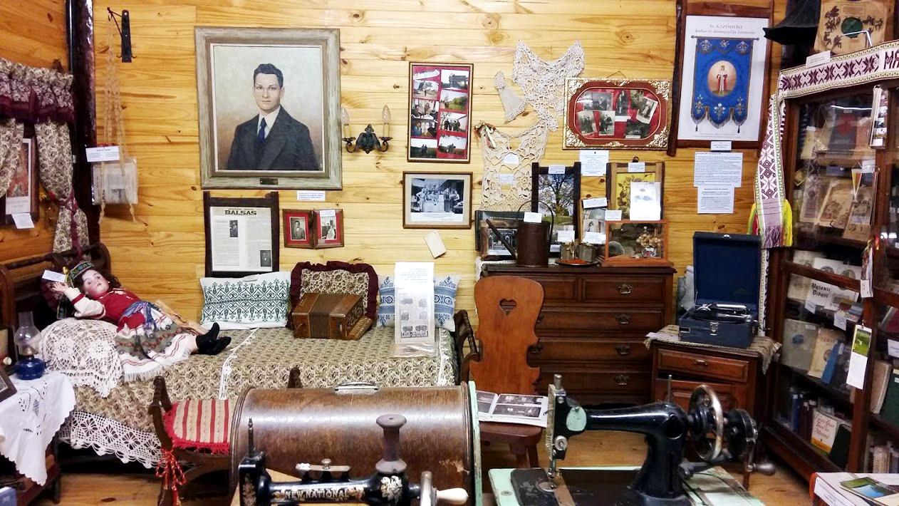 """""""Olgbrun"""" muziejuje – daugybė apie Lietuvą pasakojančių eksponatų."""