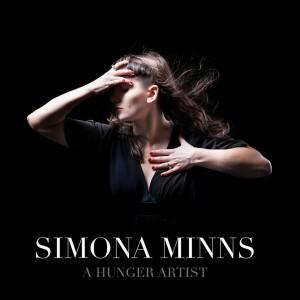 Gegužės 20 dieną Simona Minns pristatys savo debiutinį muzikos albumą.