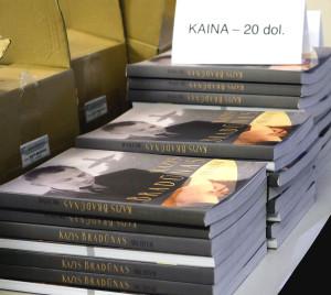 """""""Kazys Bradūnas. Archyvai"""" knygos."""