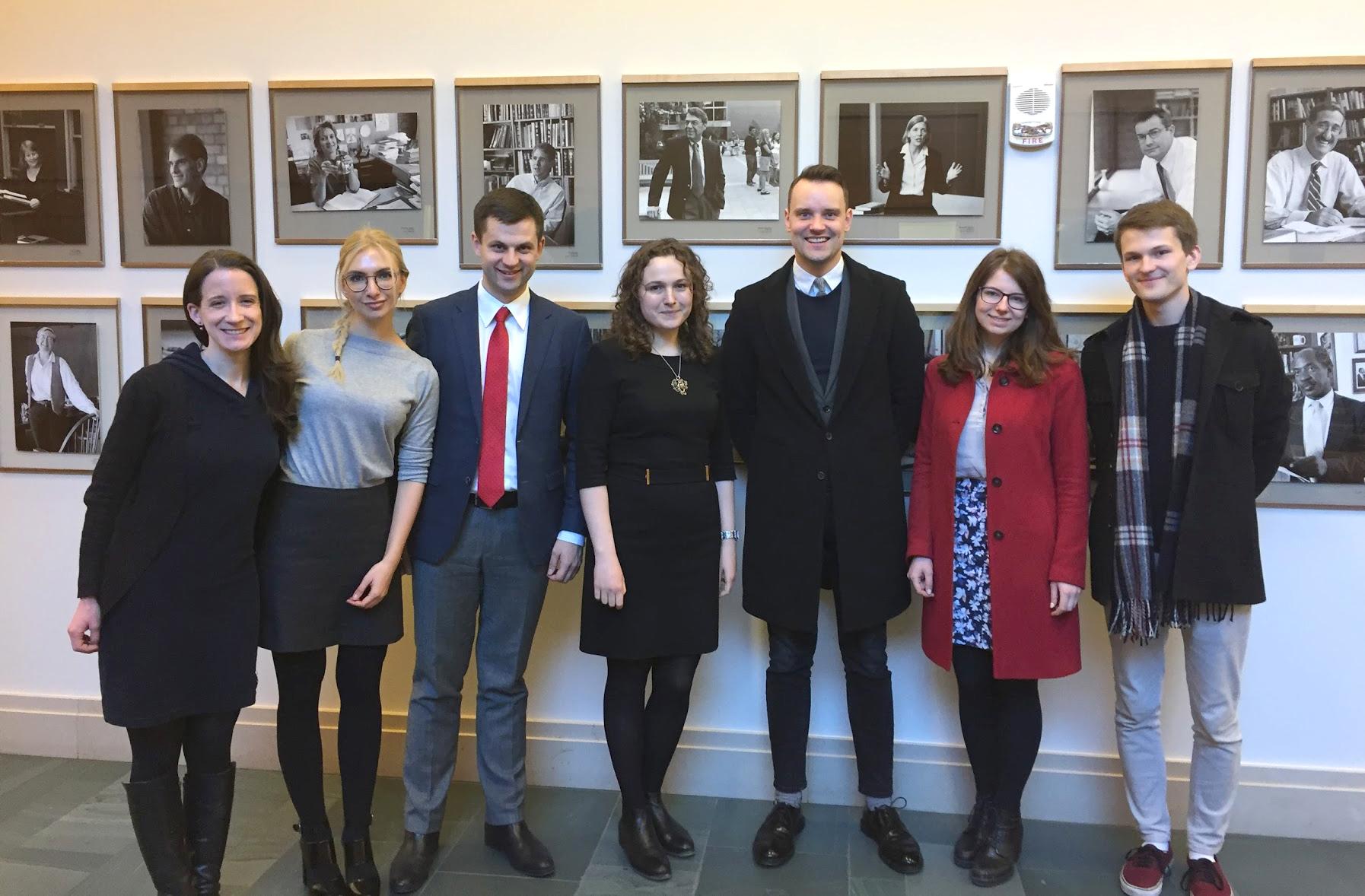 Su Harvarde besimokančiais lietuviais.