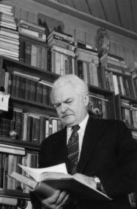 Sovietiniais metais J. Markulis tapo mokslininku, jam suteiktas profesoriaus laipsnis.