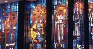 Vitražai Šv. Antano koplyčioje Kennebunkport, ME.