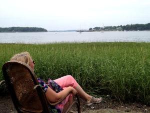 Rašytoja Laima Vincė daug metų gyveno bei kūrė mažoje Peaks Island saloje, Maine valstijoje.