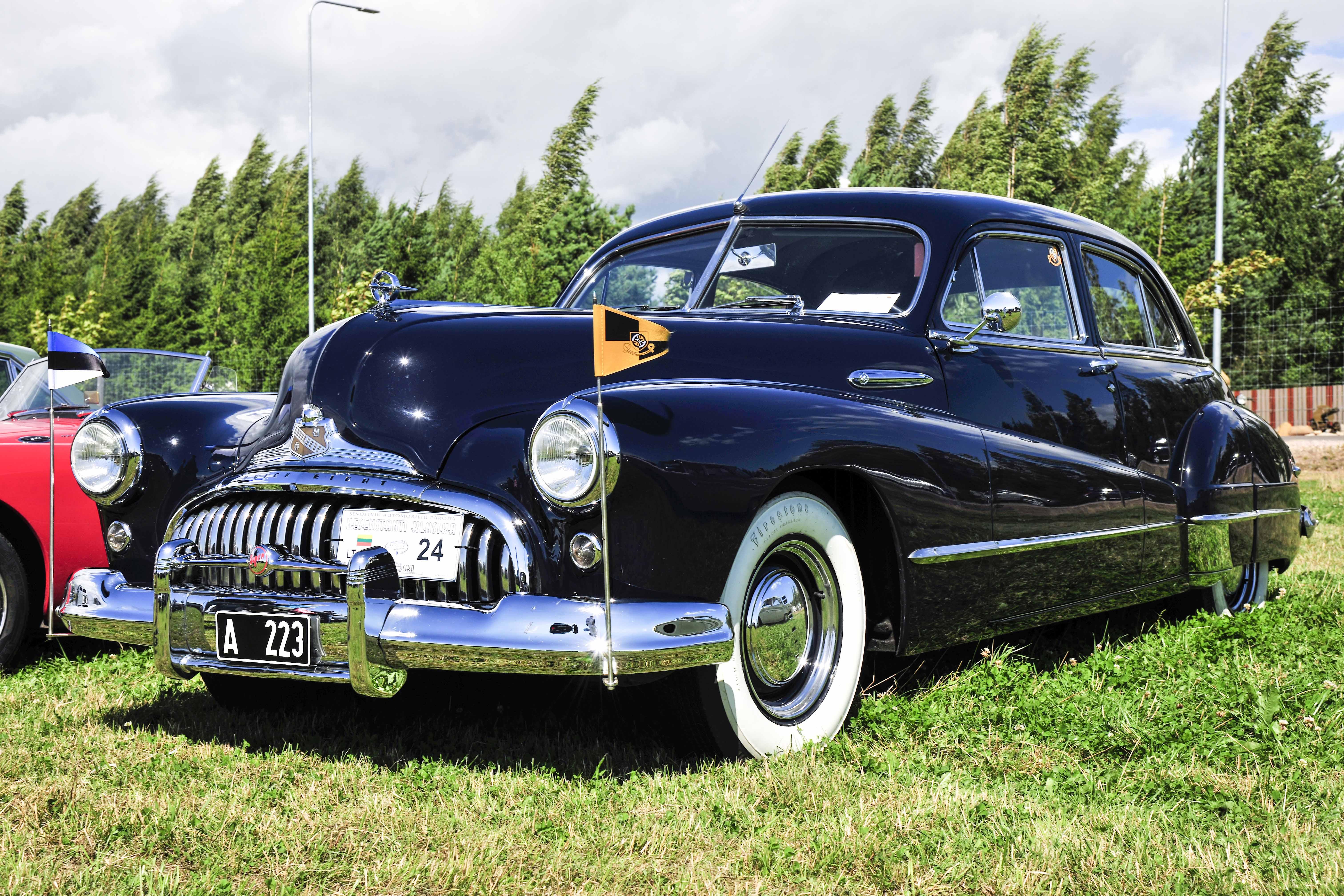 """Geriausias klasikinis automobilis – """"Buick Super Eight"""", 1947 m."""
