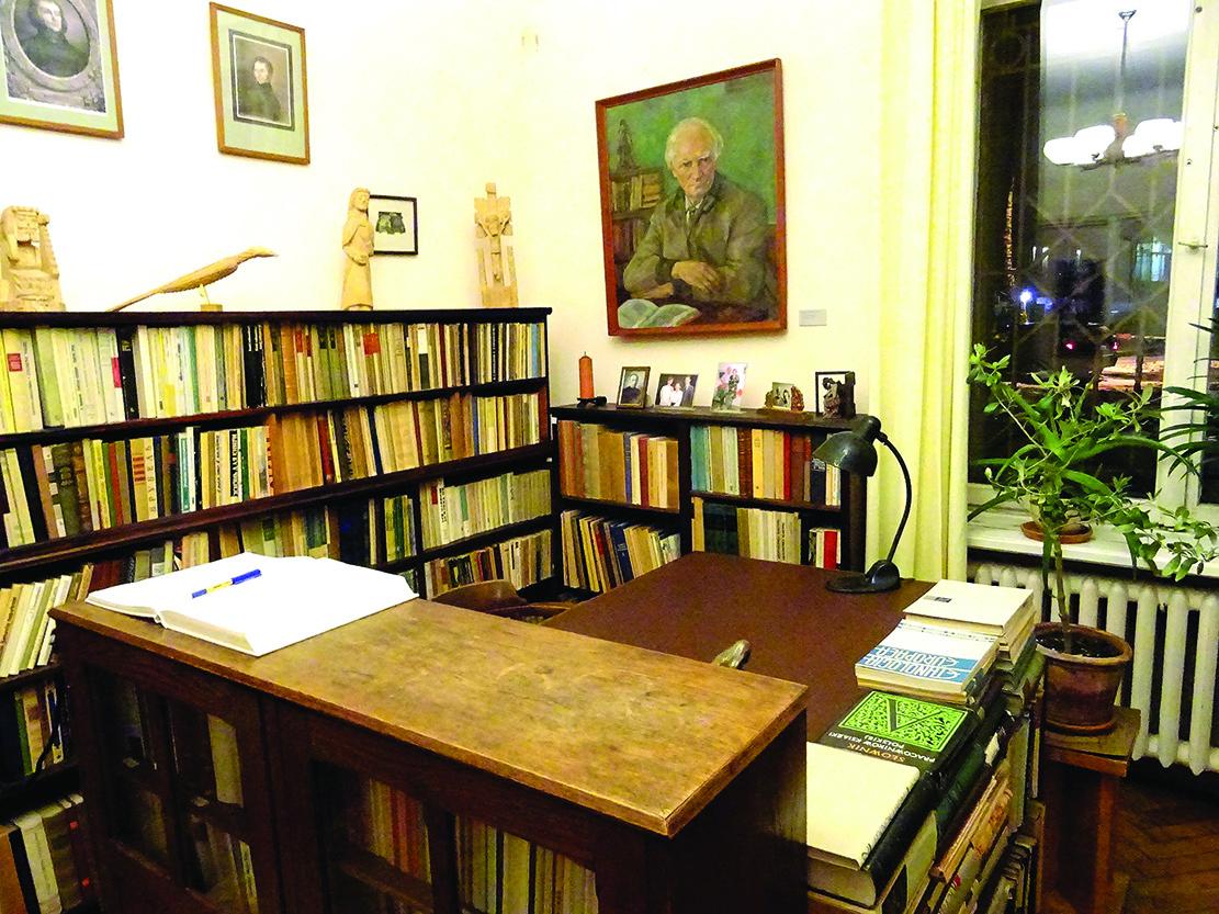 P. Galaunės darbo kabinete yra lankęsi daug garsių Lietuvos šviesuolių.