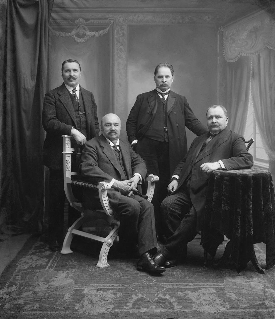 Broliai Vileišiai: Jonas Vileišis (k.), Petras Vileišis, Antanas Vileišis, Anupras Vileišis.