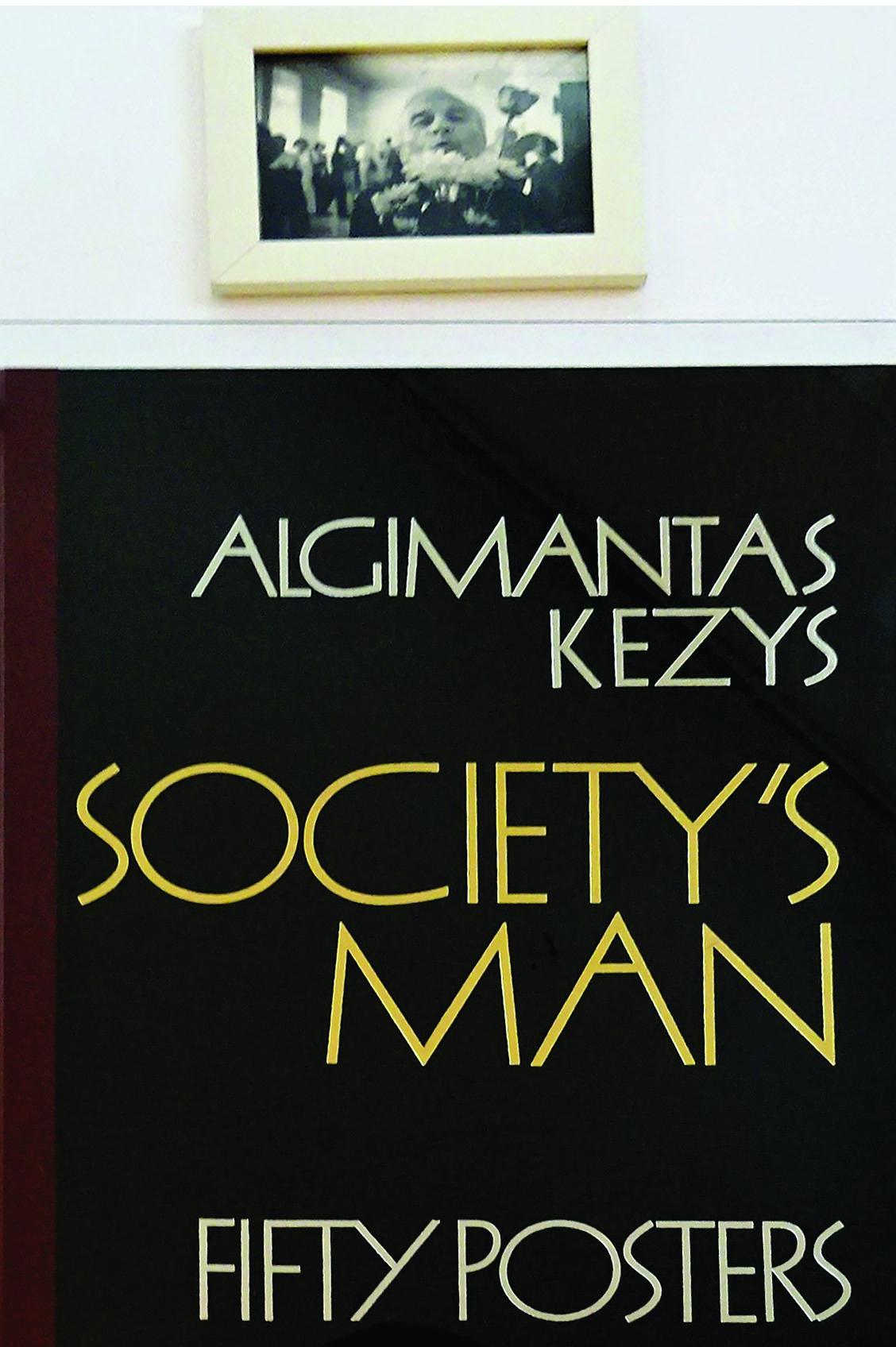 Parodą papildė unikalus A. Kezio albumas.