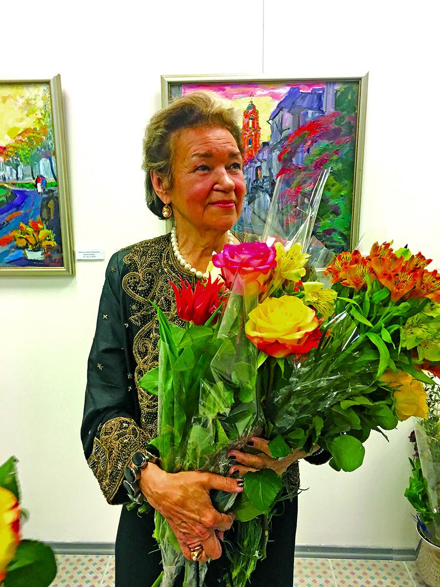 Tapytoja Filomena Linčiūtė-Vaitiekūnienė.