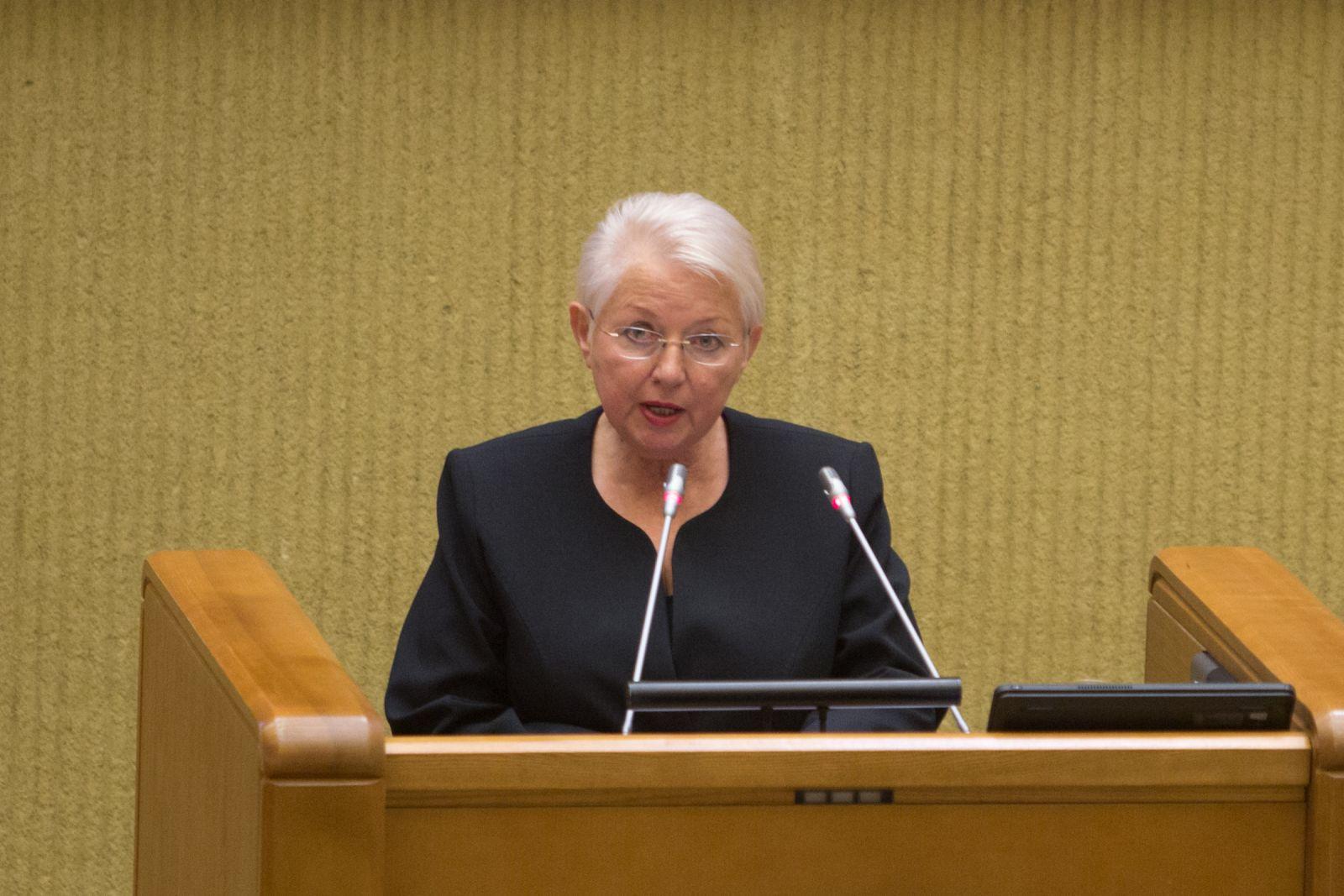 A. Ramanauskaitė-Skokauskienė Seime per Kovo 11-osios minėjimą.