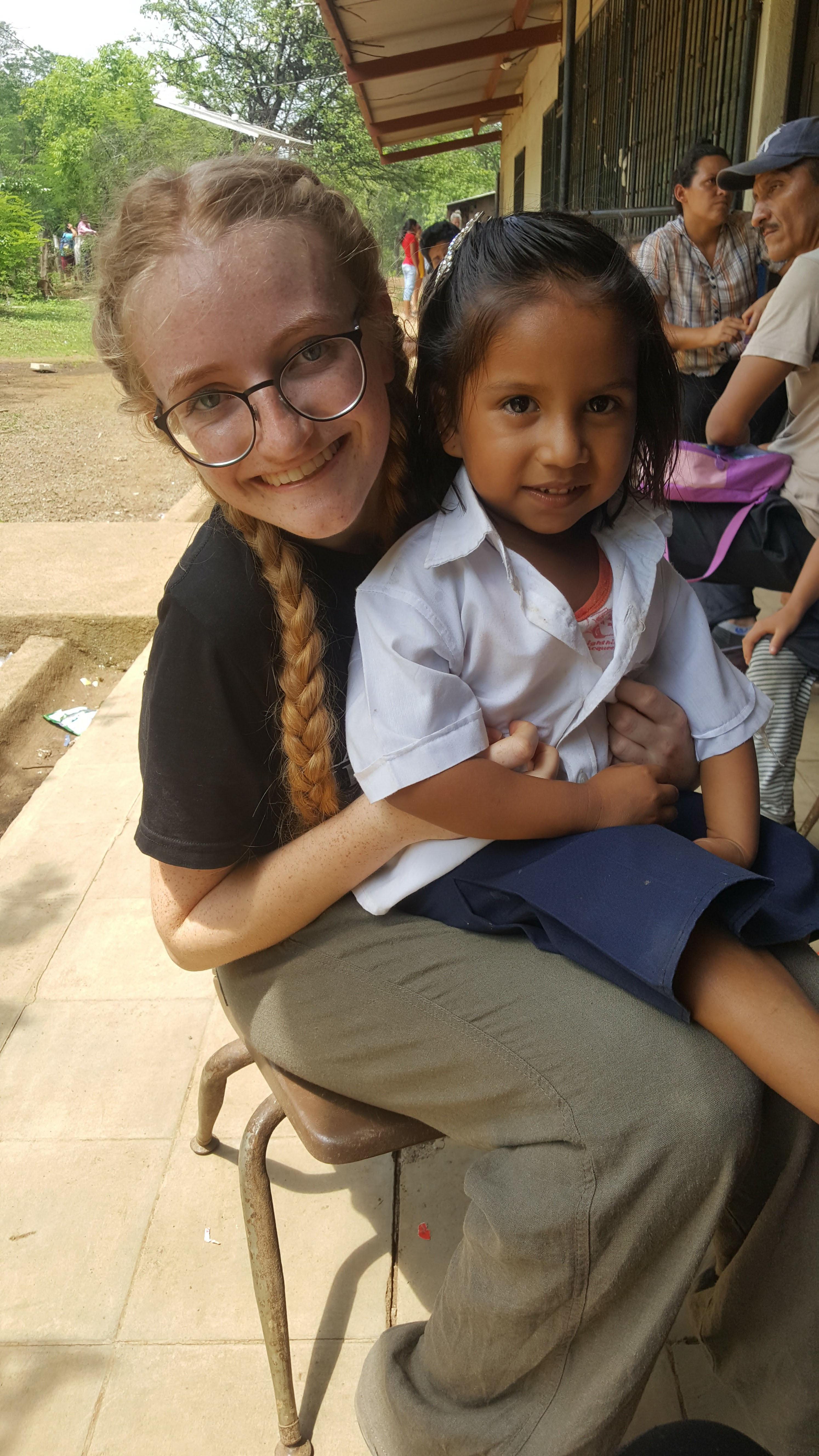 Austėja savanorystės misijoje Nikaragvoje 2017 m.