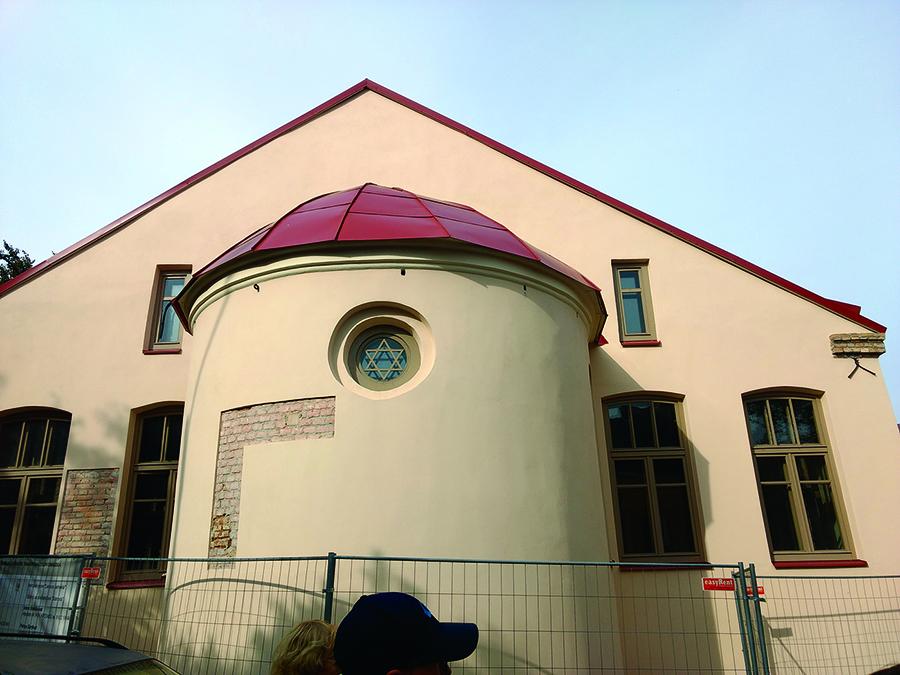 Atnaujintas Zavelio sinagogos fasadas.