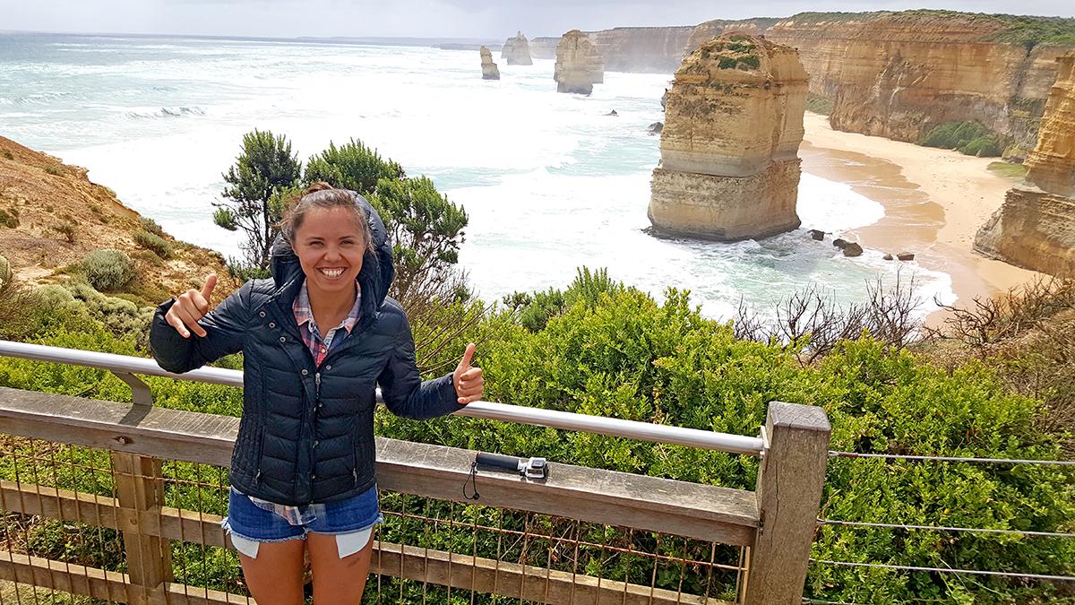 """Prie vieno iš garsiausių Australijos gamtos stebuklų – didingos uolų grupės, vadinamos """"Dvylika apaštalų"""", Great Ocean Road."""
