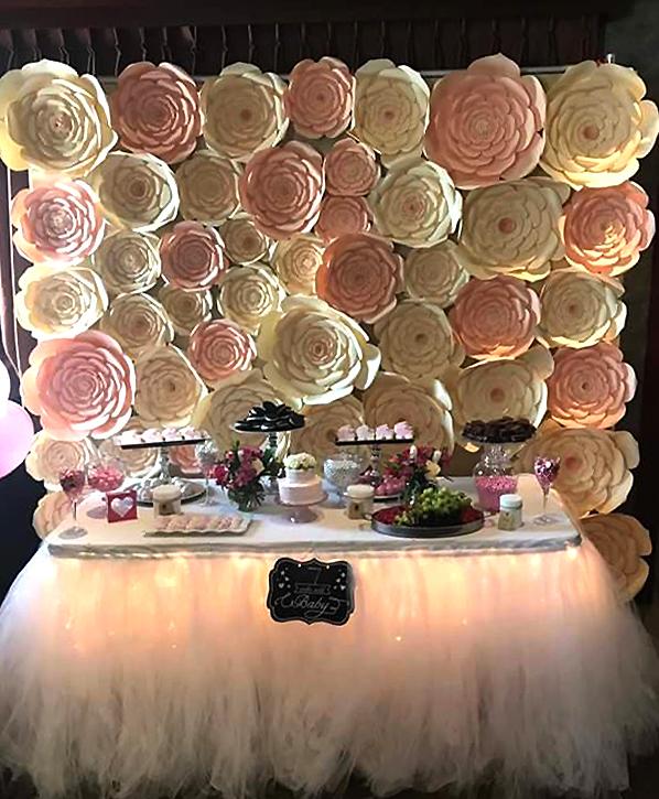 Viena iš B. Šostakaitės sukurtų šventės dekoracijų.