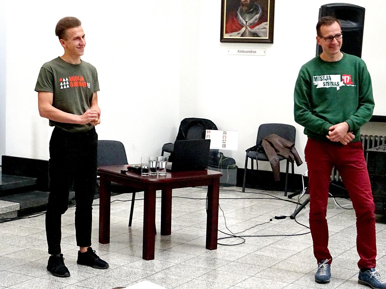 Juras Pratusevičius, ir ekspedicijos vadovas Arnoldas Fokas (d.).