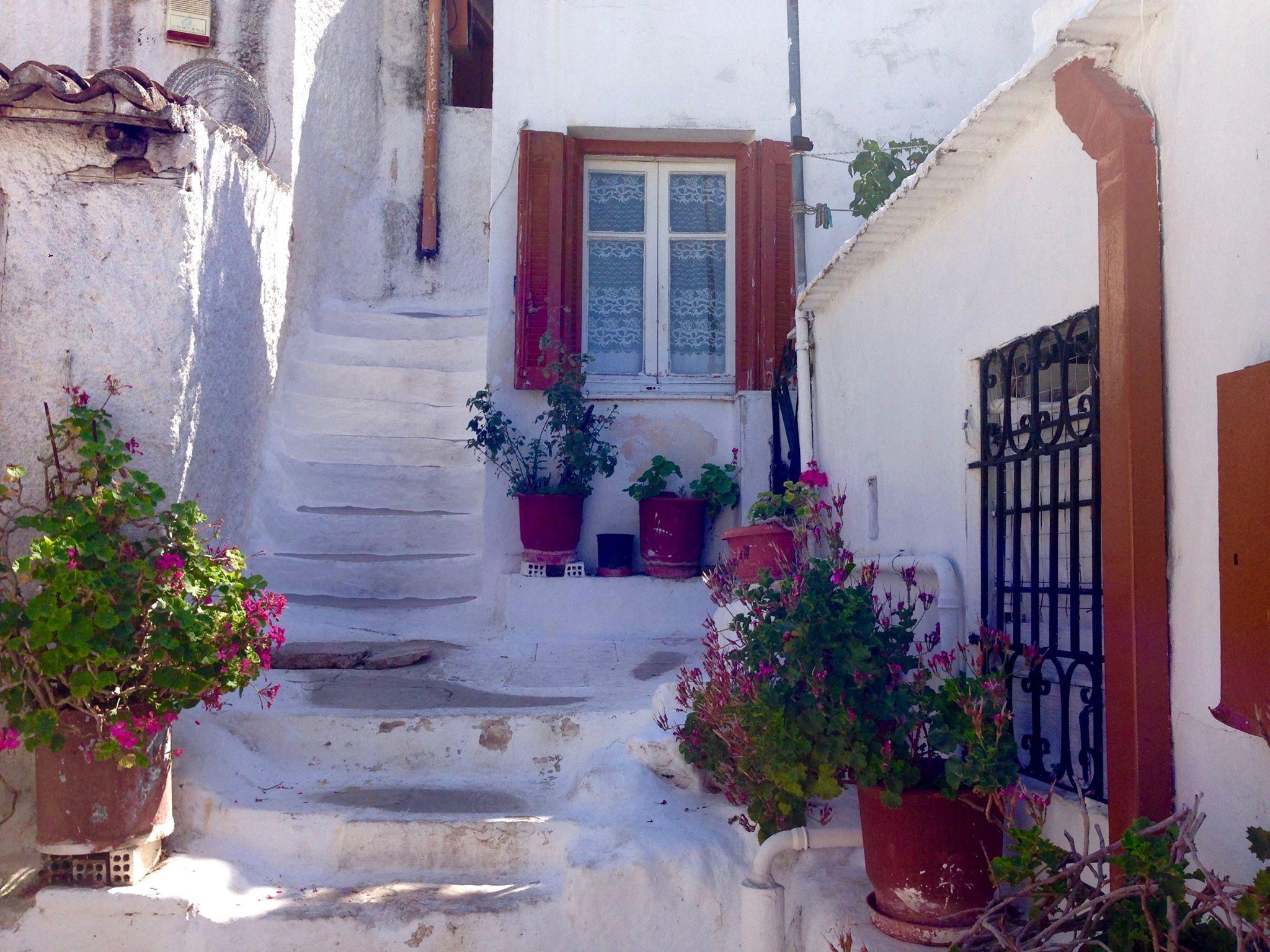 Kipro istorija tokia pat spalvinga kaip ir pats Kipras.
