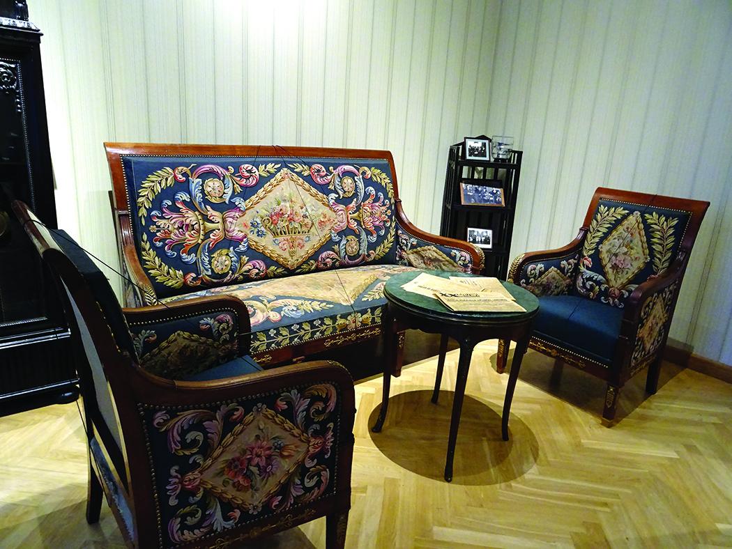 Autentiški Stasio Lozoraičio baldai – itin vertingas eksponatas.