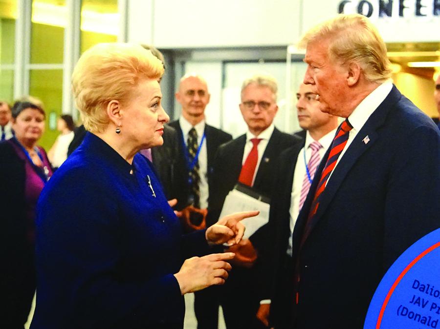 Lietuvos prezidentė Dalia Grybauskaitė su JAV prezidentu Donald Trump.
