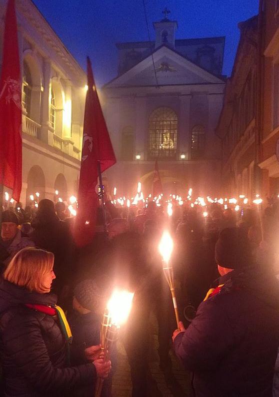 Vasario 16-oji Vilniuje.