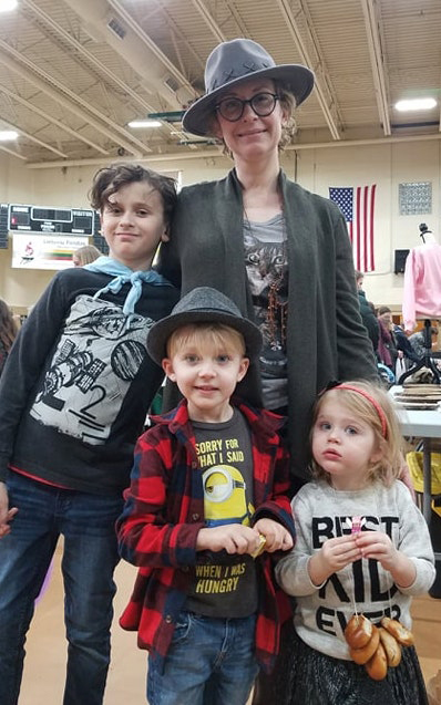 """Neringa: """"Šeima mane palaiko, o mano vaikai žino, už ką aš kovoju."""""""