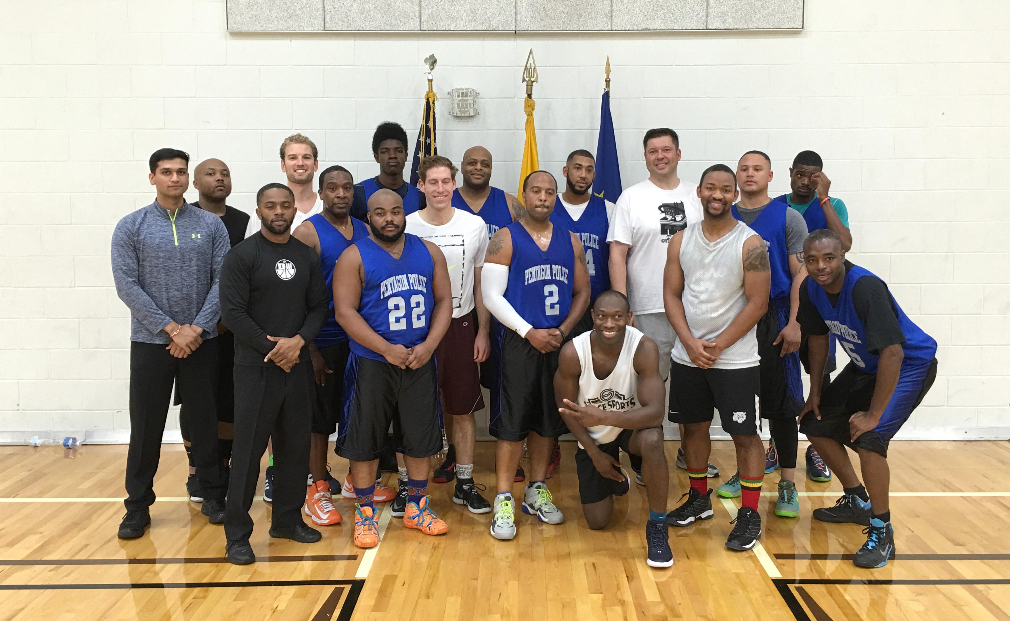 Abidvi amerikiečių komandos ketvirtfinalyje žaidė tarpusavyje.