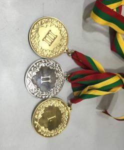 Lietuvos krepšinio federacijos įsteigti medaliai laukė laimėtojų.