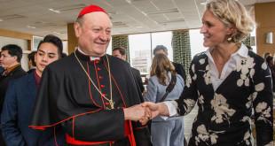 Gabija su vienu iš Loyola universiteto svečių – kardinolu Gianfranco Ravasi.