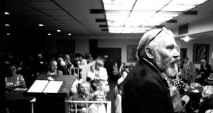 """Kazys Bradūnas """"Poezijos dienų"""" renginyje. Čikaga, 1979 m."""
