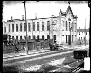 Čikagos lietuvių Dievo Apvaizdos parapijos pirmoji bažnyčia.