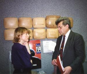 Čikagoje ir studijoje svečiavosi signataras, diplomatas, buvęs krašto apsaugos ministras Česlovas Stankevičius (d.).