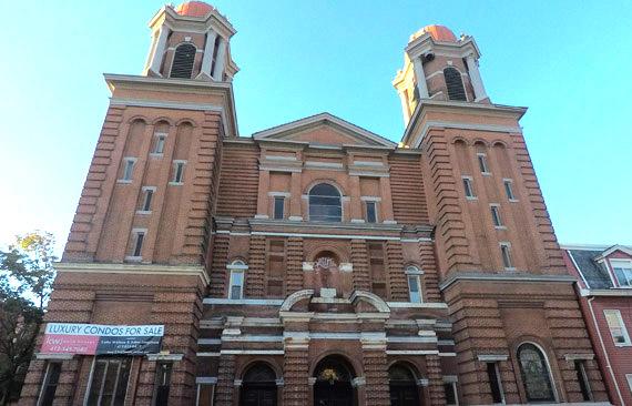 Šv. Kazimiero bažnyčia uždaryta 1992 m., 2017 m. sunaikintas interjeras ir pradėti rengti butai. Bažnyčios kertiniame akmenyje yra išlikęs lotyniškas įrašas.