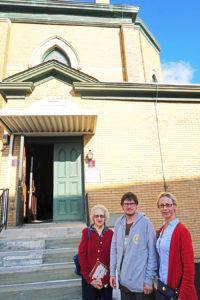 Projekto vadovą Augustiną Žemaitį New Jersey valstijoje sutiko Danguolė Didžbalienė (k.) ir Laima Liutikienė (d.).