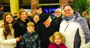 Sausio 13-osios minėjime Vilniuje Gudynų šeima sutiko prof. Vytautą Landsbergį.