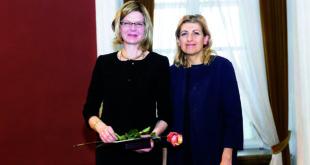 Iš k.: Renata Marcinkutė-Lesieur ir LR Kultūros ministrė Liana Ruokytė-Jonnson.
